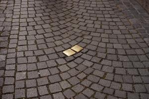Gegen das Vergessen - Stolpersteine & andere Orte der Erinnerung