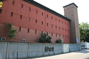Bunker in Frankfurt - Zwischen NS-Ideologie, modernem Zivilschutz & Musikerparadies