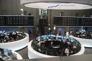 Benefiz-Aktion: Wo Bulle & Bär sich treffen - Hinter den Kulissen der Frankfurter Wertpapierbörse