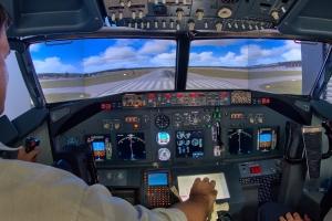 Flugsimulator Boeing 737 am Flughafen Frankfurt - Höhenflug mit Bodenhaftung