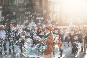 Seifenblasen selber machen - Der Workshop für Erwachsene, der extrem glücklich macht!