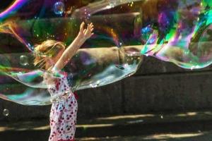 Seifenblasen selber machen - Der Workshop für Kids mit Glücksgarantie
