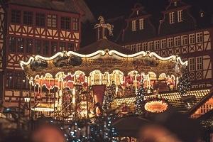 Frankfurter Weihnachtsmarkt - Gassen, Glühwein & Geschichten