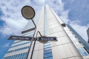 Frankfurts Banken & Hochhäuser Inside - Der Silberturm der DB Systel