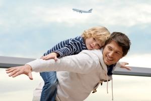 Flughafen für Kids - Die kindgerechte Busrundfahrt über's Rollfeld für Familien
