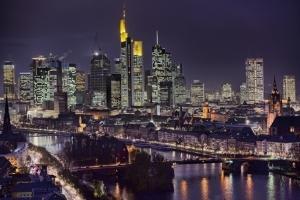 Frankfurter Skyline@Night - Das Poster für alle FFM-Verliebten