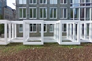 Kisten, Quader & Module - Kunst & Architektur im Dialog