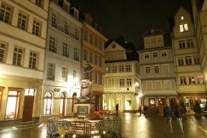 Altstadt-Schmaus im Metzger-Haus - Die Altstadt-Führung mit All-You-Can-Eat-Schlemmerpaket in der Altstadtmetzgerei Dey