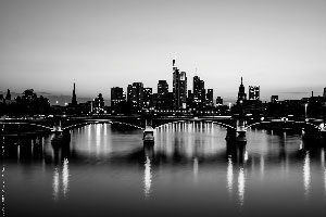 Skyline black & white - Das Poster für alle FFM-Verliebten (DIN A3)
