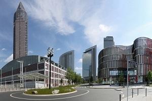 Frankfurts westliche Stadtteile & die Messe - Busrundfahrt auf den Spuren von Baugeschichte, Architektur & Design