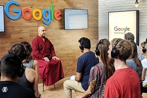Interaktives LIVE-EVENT: Meditation 2.0 erobert Konzernwelt - Warum Google-Programmierer vor Meetings meditieren