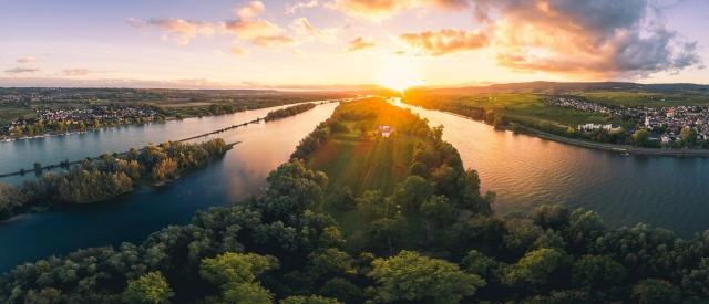 Vom Rhein zum Wein mit dem Charterliner